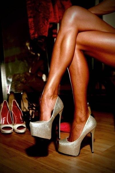 Худые ножки в босоножках целовать фото видео 24572 фотография